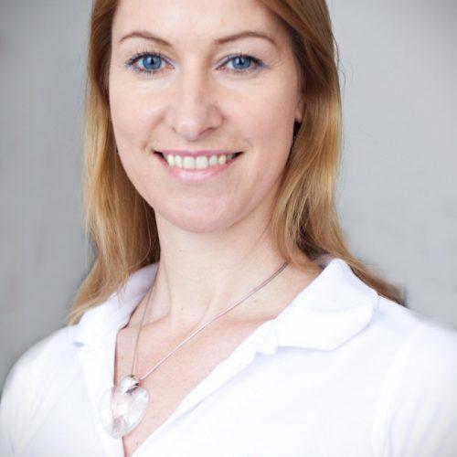 Mgr. Helena Škultétyová